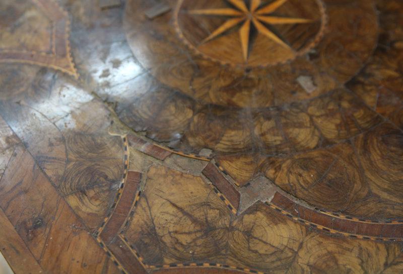 Commode style LOUIS XIV façon HACHE environ 1715
